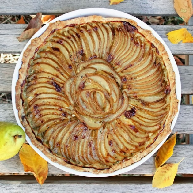 apple brie tart