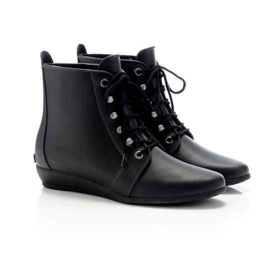 LR rain boots