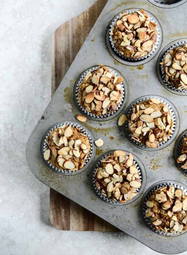 Whole-Wheat-Pumpkin-Almond-Muffins-I-howsweeteats.com-4